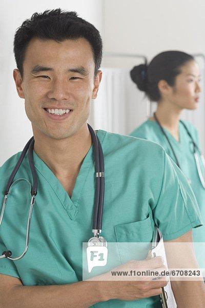 Porträt von einem männlichen Arzt