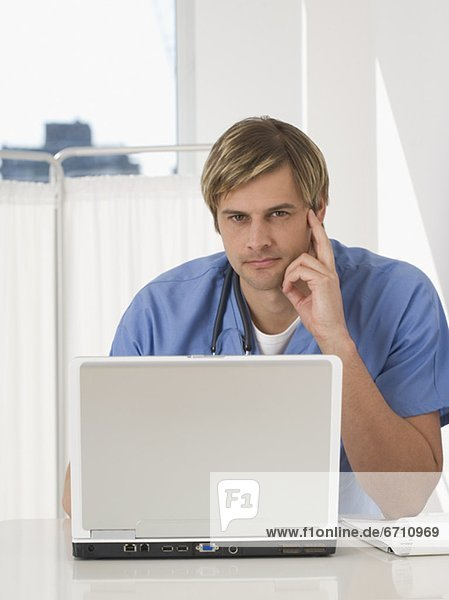 Portrait  Notebook  Arzt