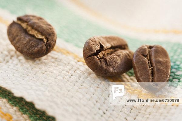 Kaffeebohne  Studioaufnahme  Stoff  3  Kaffee  Braten  Bohne