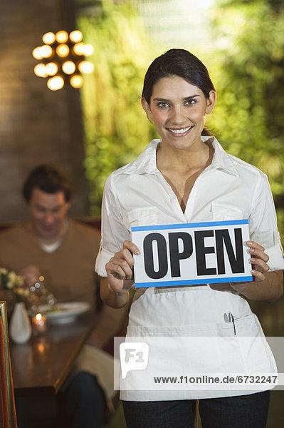 zeigen  Restaurant  Kellnerin