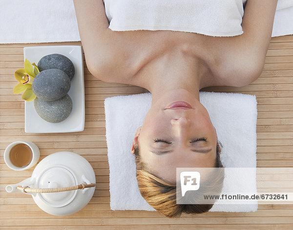 Frau  Entspannung  Gesundheit  Spa