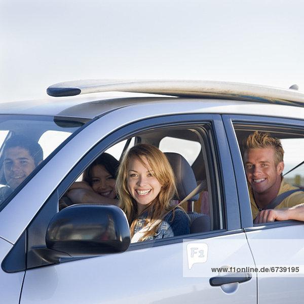 Freundschaft Auto fahren