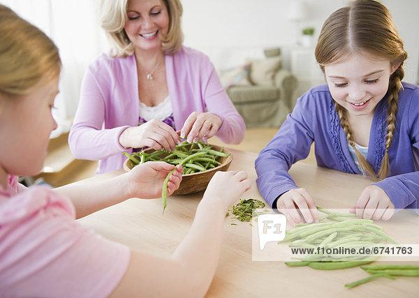 Vereinigte Staaten von Amerika USA Gemüse Tochter Mutter - Mensch