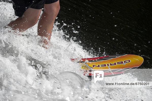 Wasser  Junge - Person  Ski