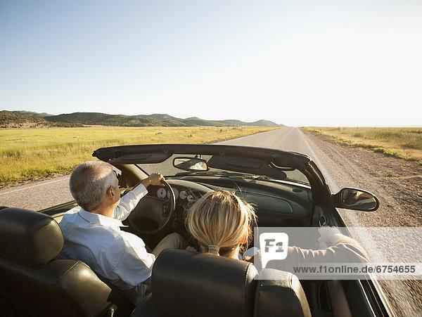 Vereinigte Staaten von Amerika  USA  klar  bizarr  Auto  Cabrio  fahren  Wüste  Erwachsener  Utah