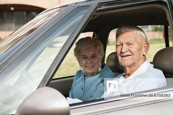 Senior  Senioren  Portrait  Auto