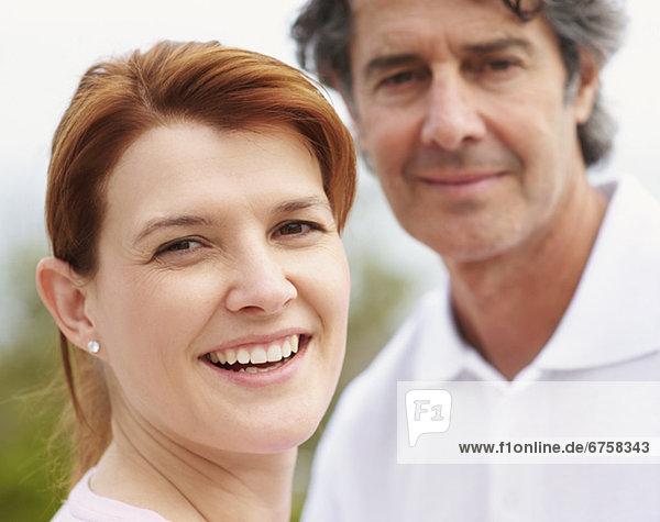 Porträt von einem jungen Paar  fully_released