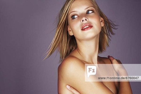 blond  Frau  nackt