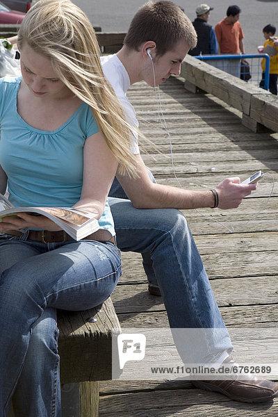 zuhören  Dock  Musik  British Columbia  Granville Island  vorlesen  Vancouver