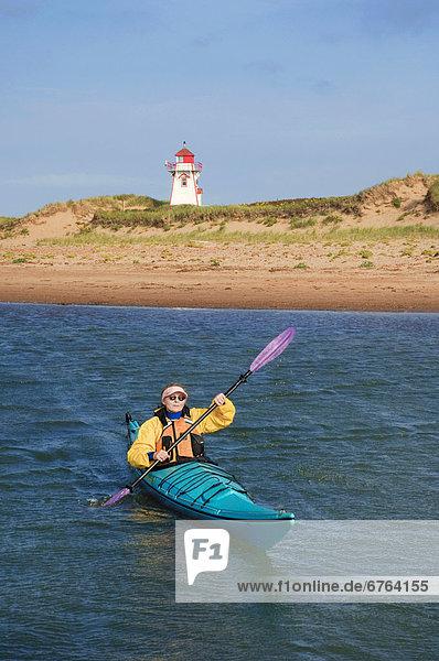 Nationalpark Strand Forschung Ozean Küste Sand Insel Kajakfahrer vorwärts Atlantischer Ozean Atlantik Kanada Prinz Prince Edward Island