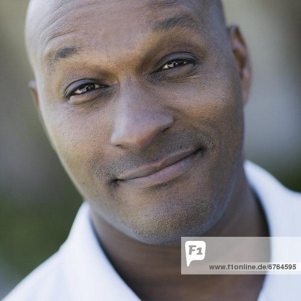 Portrait des Menschen lächelnd  Nahaufnahme