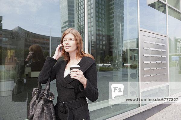 Amsterdam  Hauptstadt  Geschäftsfrau  gehen  Niederlande