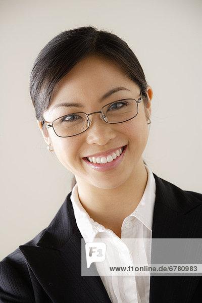 Portrait  Geschäftsfrau  lächeln  jung
