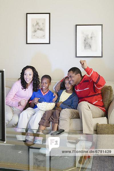 sehen  Menschliche Eltern  Fernsehen  10-13 Jahre  10 bis 13 Jahre