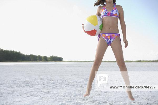 Strand  Bikini  springen  Ball Spielzeug  Mädchen