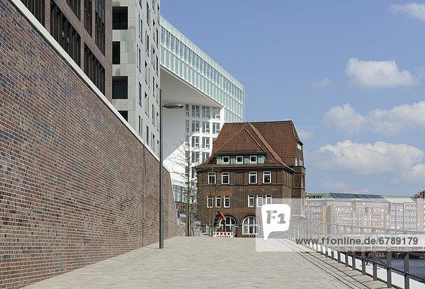Ericus-Contor  Ericusspitze  und altes Zollamt Teerhof  HafenCity  Hansestadt Hamburg  Deutschland  Europa