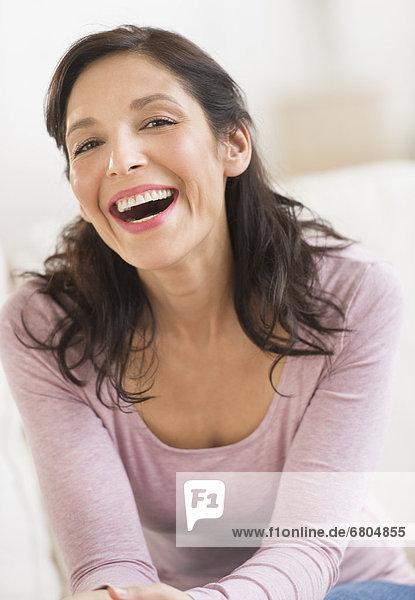 Portrait Frau lachen