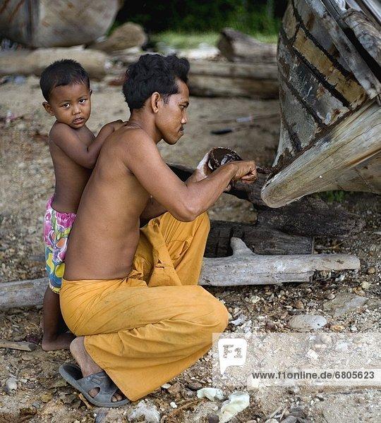 überhängen  Bootsbauer  Krabi  Thailand