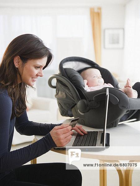 kaufen  Tochter  Mutter - Mensch  Baby  Internet