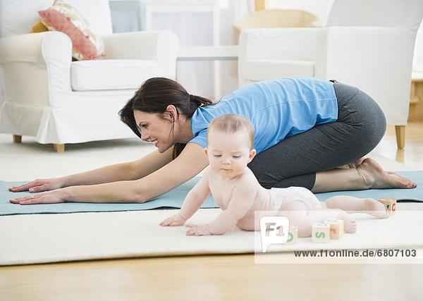 üben  Yoga  Tochter  Mutter - Mensch  Baby