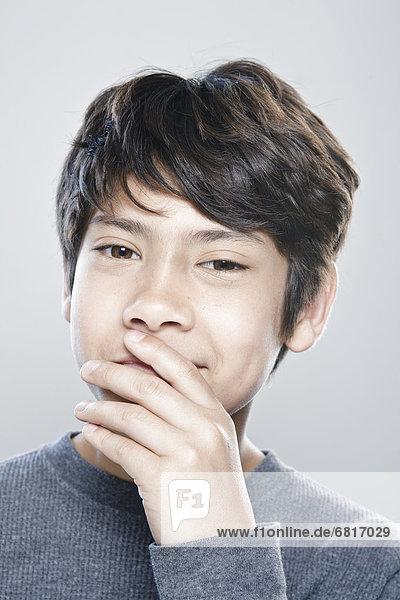 Portrait  Junge - Person  12-13 Jahre  12 bis 13 Jahre