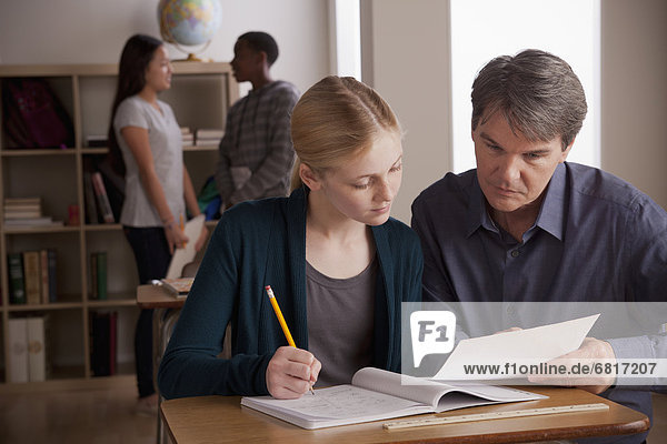 Jugendlicher  Lehrer  Schule  Student  13-14 Jahre  13 bis 14 Jahre