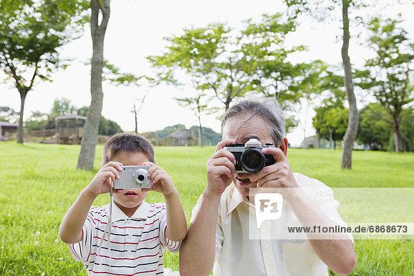 nehmen  Enkelsohn  Großvater  Fotografie