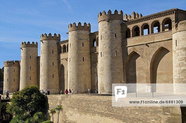 Europa  Wand  flirten  Palast  Schloß  Schlösser  befestigen  Aragonien  Jahrhundert  Spanien