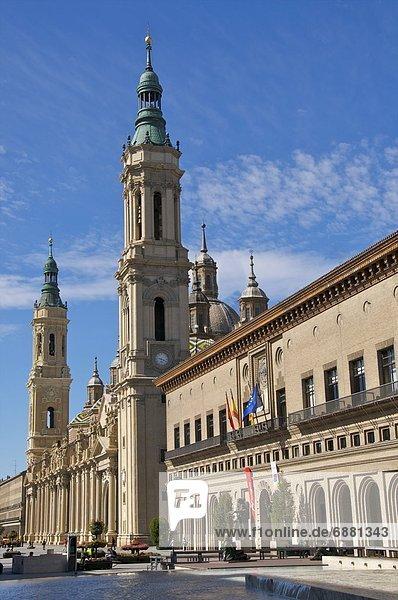 Europa  Halle  Stadt  Aragonien  Basilika  Spanien