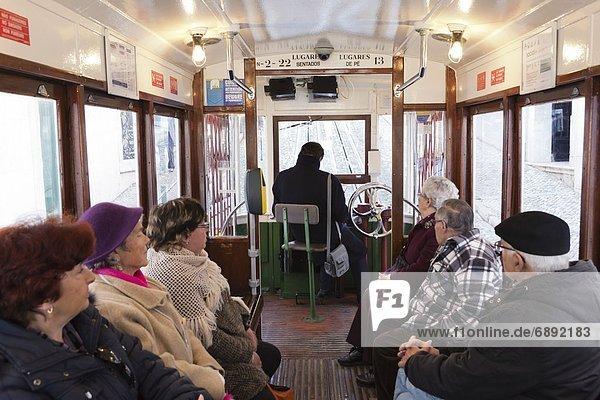 Lissabon  Hauptstadt  Europa  Passagier  Seilbahn  Bairro Alto  Portugal