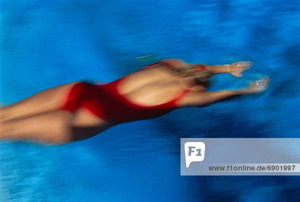 Frau Badebekleidung Ansicht Schwimmbad Bewegungsunschärfe