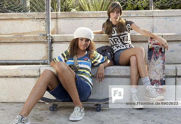 Außenaufnahme  Jugendlicher  Mädchen  freie Natur