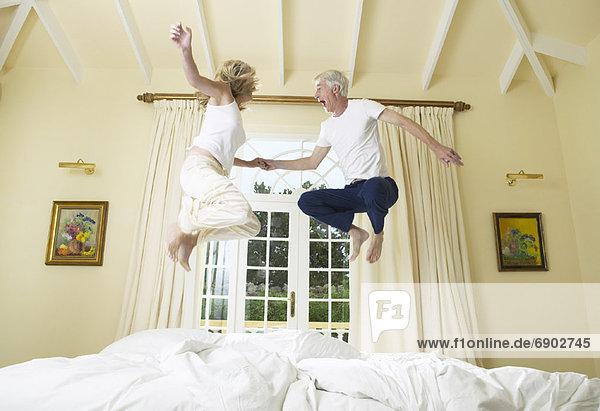 Bett springen