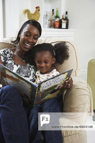 Mutter und Tochter Buch zu lesen