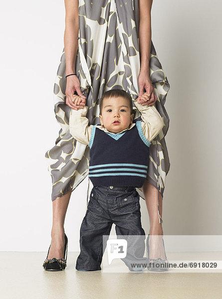 Portrait  Junge - Person  Mutter - Mensch  Baby