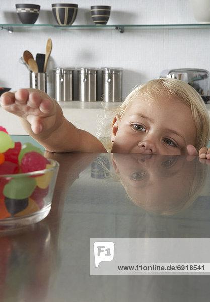 geben  Süßigkeit