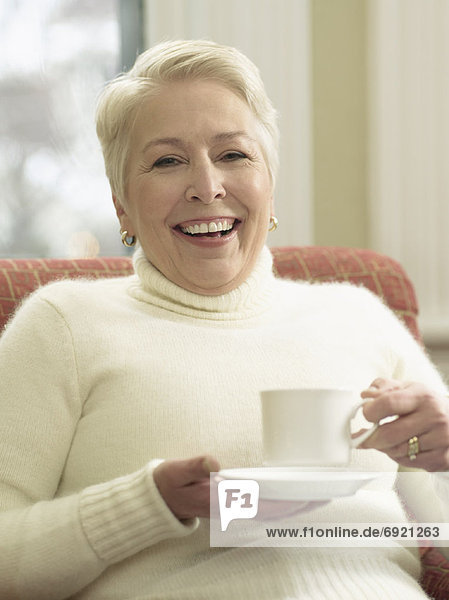 Frau  Tasse  Tee