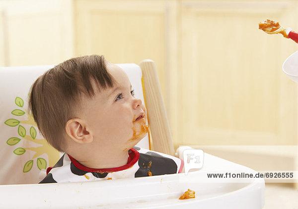 füttern Baby