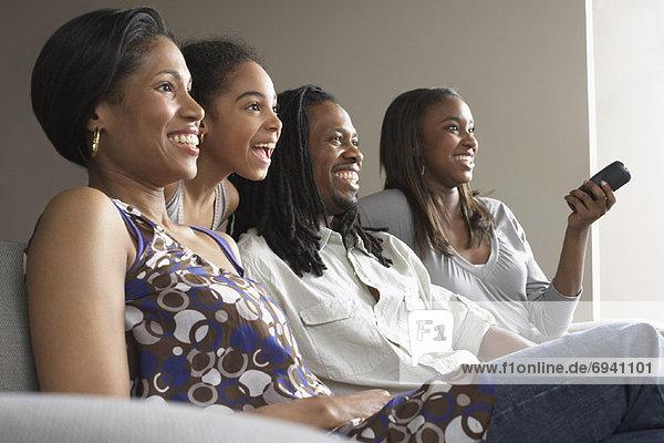 Familie Fernsehen zusammen