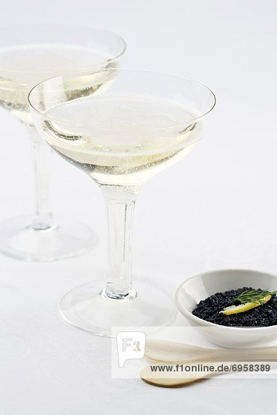 Champagner und Kaviar