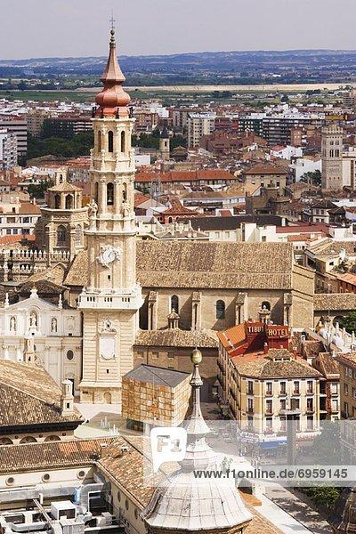 Stadtplatz  Säule  Draufsicht  Aragonien  Basilika  Spanien  Zaragoza
