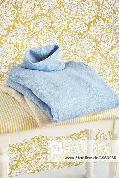 Haufen  Pullover  Rollkragenpullover