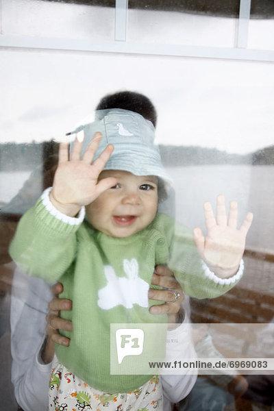sehen  Fenster  Schiff  blättern  Baby