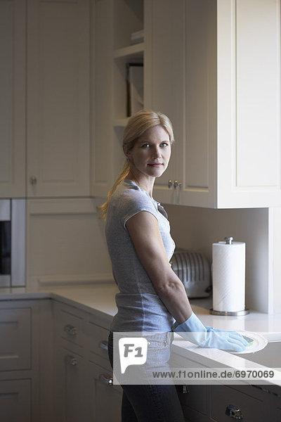 Frau  waschen  Küche  Essgeschirr