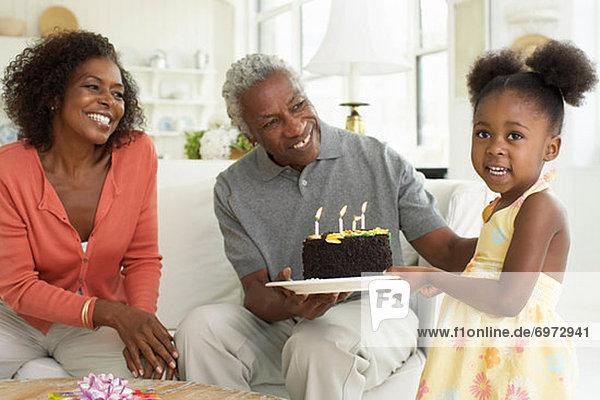 Mehrgenerationen Familie Geburtstagsparty