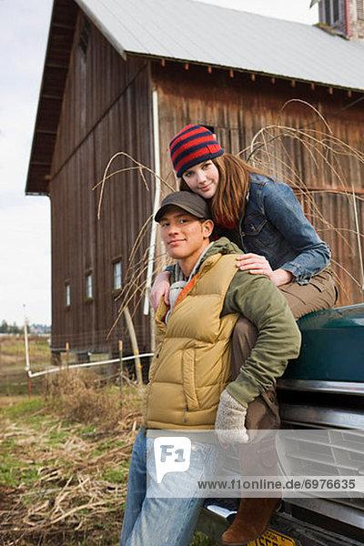 Vereinigte Staaten von Amerika  USA  Portrait  Bauernhof  Hof  Höfe  jung  Oregon