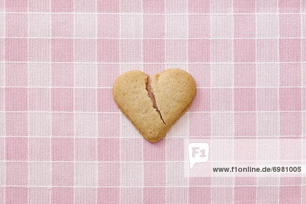 herzförmig  Herz  zerbrochen  Keks