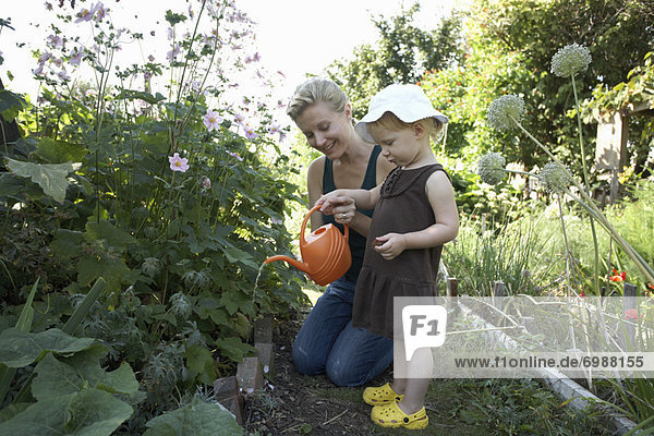 Wasser  Pflanze  Garten  Tochter  Mutter - Mensch  British Columbia  Kanada  Vancouver