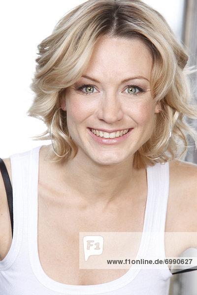 Portrait  blond  Frau