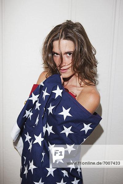 Frau , Fahne , amerikanisch , umwickelt